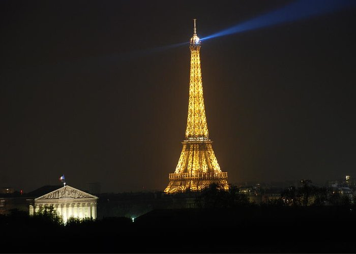 Eiffel Tower Greeting Card featuring the photograph Eiffel Tower At Night by Jennifer Ancker
