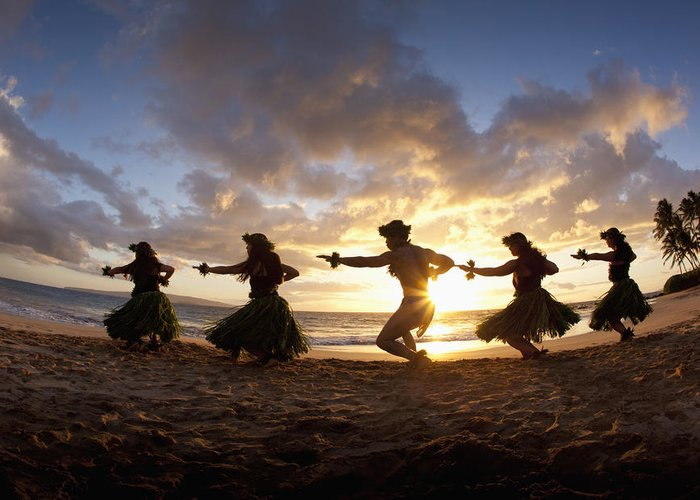 Aloha Greeting Card featuring the photograph Five Hula Dancers At The Beach At Palauea by David Olsen