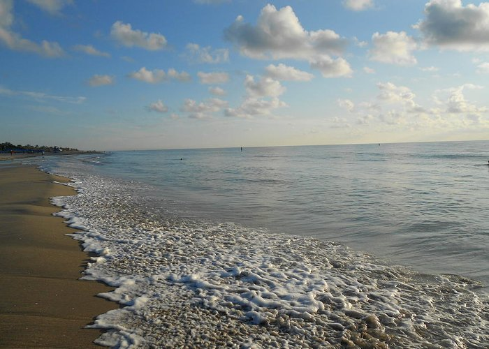 Sunrise Greeting Card featuring the photograph Foamy Seas by Sheila Silverstein