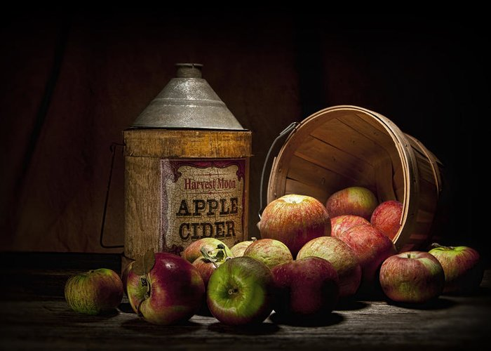 Apple Greeting Card featuring the photograph Fresh From The Orchard II by Tom Mc Nemar