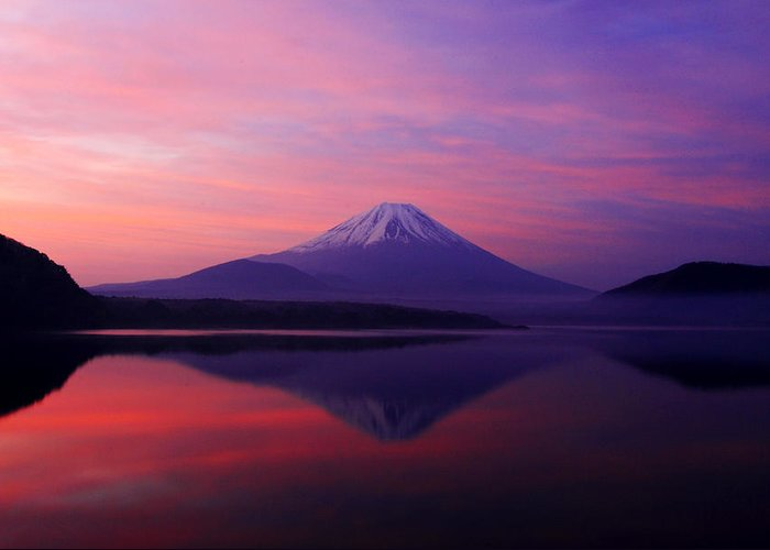Mountain Greeting Card featuring the photograph Good Morning Mt Fuji by Kean Poh Chua
