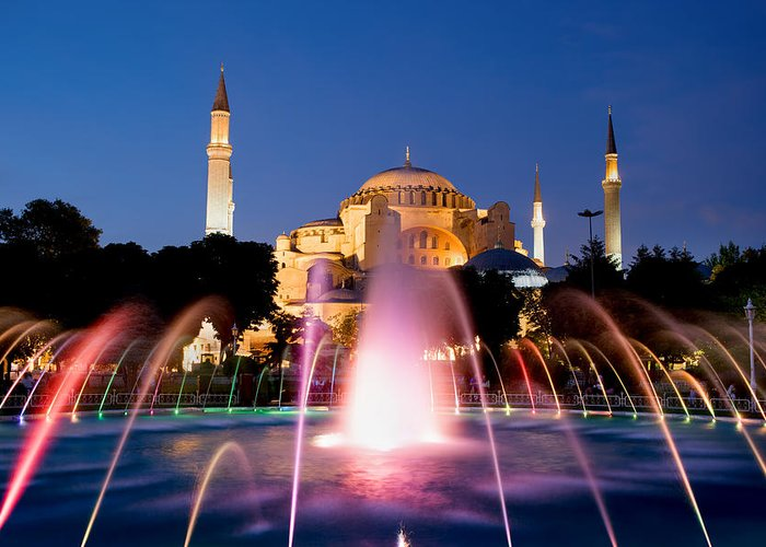 Ayasofya Greeting Card featuring the photograph Hagia Sophia At Night by Artur Bogacki