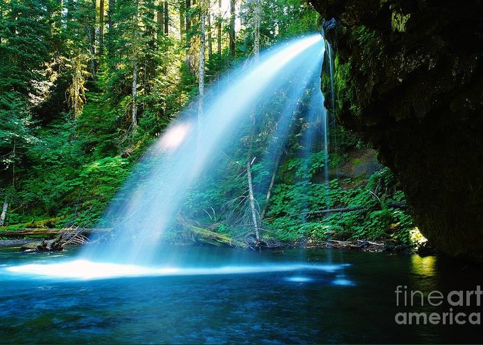Water. Fall Greeting Card featuring the photograph Iron Creek Falls From The Side by Jeff Swan