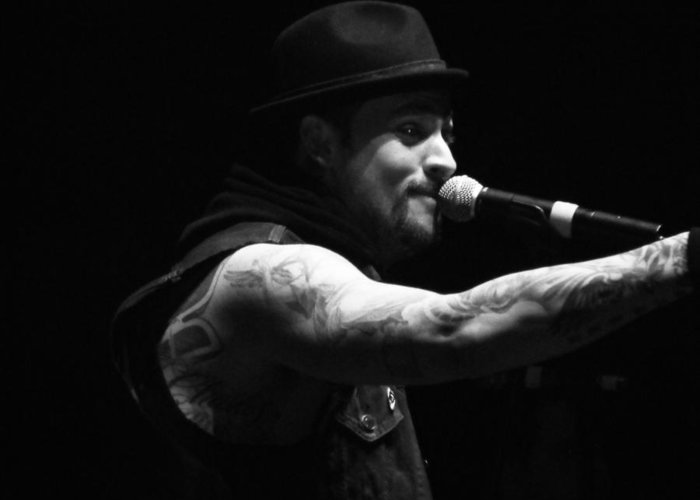 Joel Madden Greeting Card featuring the photograph Joel Madden by Katie Mann