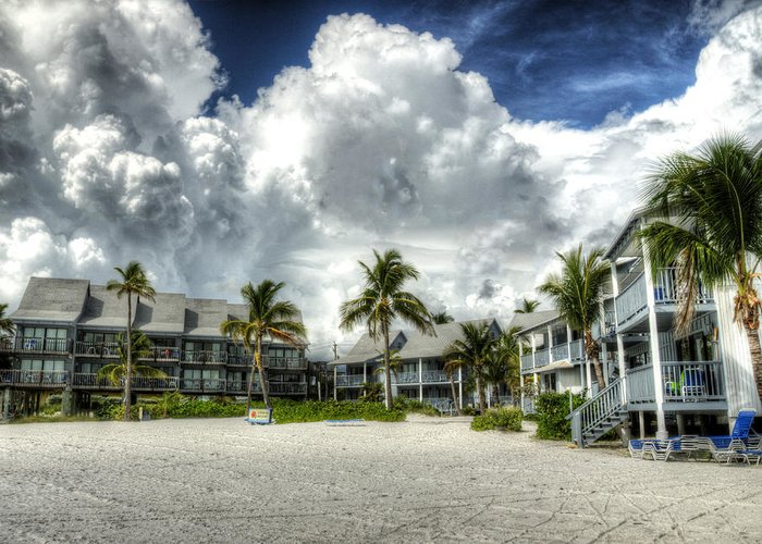 Lahaina Greeting Card featuring the photograph Lahaina Resort In Fort Myers Beach by Vicki Jauron