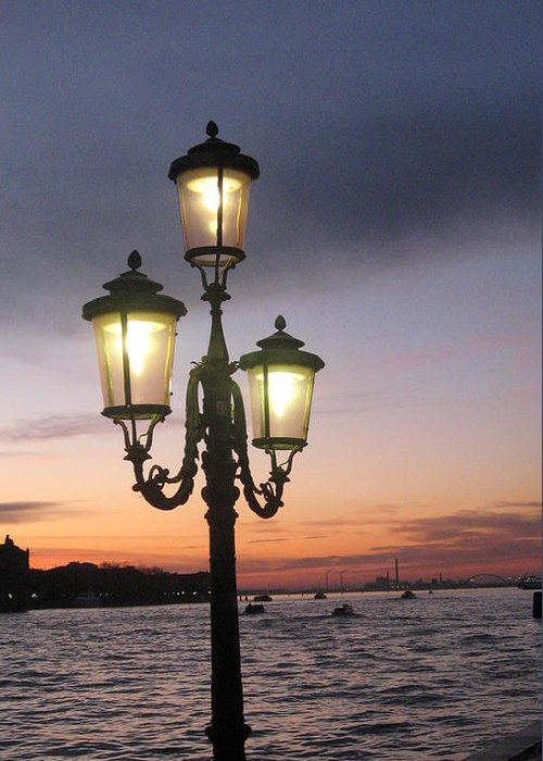 Sunset Greeting Card featuring the photograph Lampost Sunset In Venice by Catie Canetti