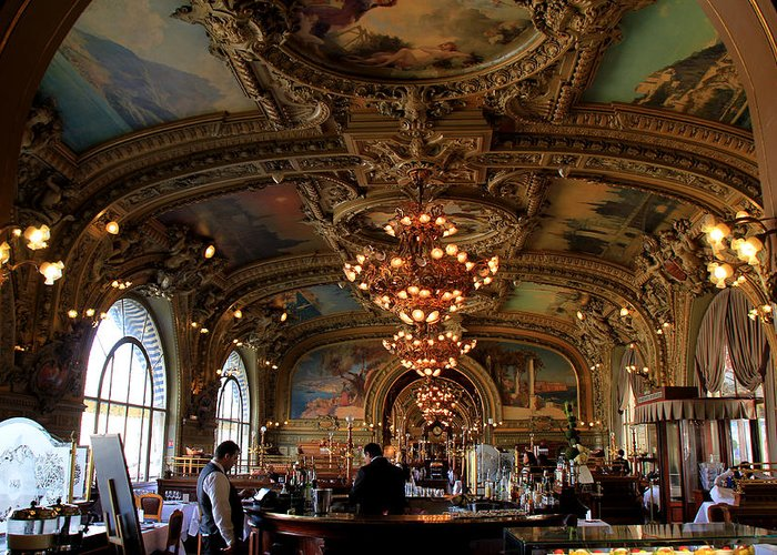 Paris Greeting Card featuring the photograph Le Train Bleu by Andrew Fare