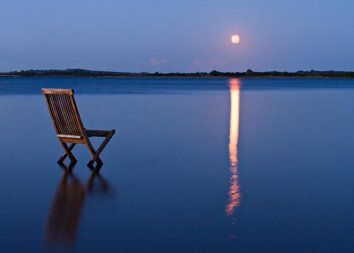Blue Greeting Card featuring the photograph Moon View by Gert Lavsen