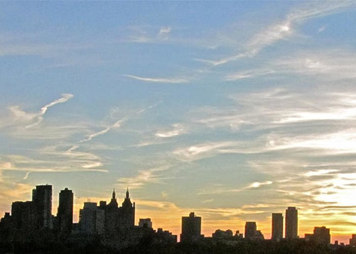 Sunset Greeting Card featuring the photograph New York Sunset 2 by Randi Shenkman