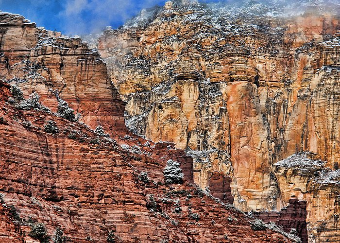Red Rocks Greeting Card featuring the photograph Oak Creek Canyon by Gene Garrison