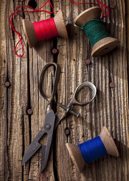 Old Scissors Greeting Card featuring the photograph Old Scissors And Spools Of Thread by Garry Gay