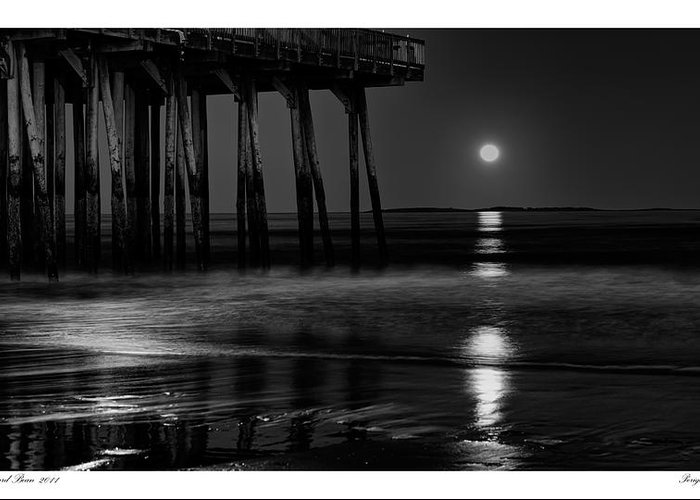 Beach Greeting Card featuring the photograph Perigee Moon by Richard Bean