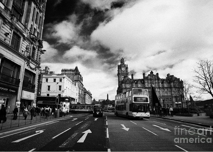 Princes Greeting Card featuring the photograph Princes Street Edinburgh Scotland by Joe Fox