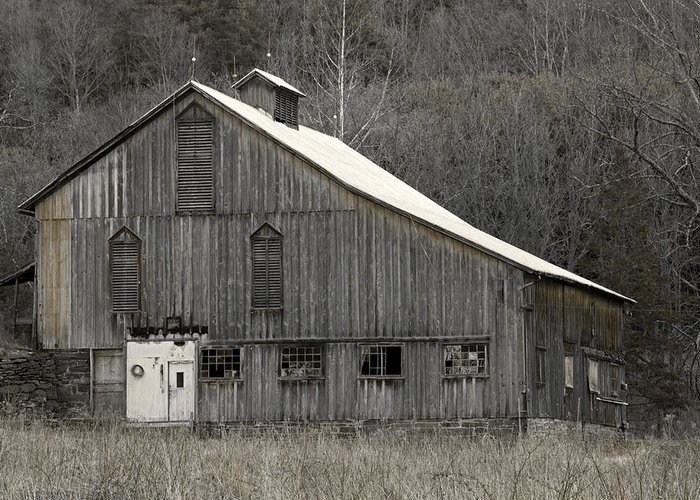 Tin Greeting Card featuring the photograph Rustic Weathered Mountainside Cupola Barn by John Stephens