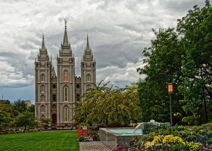 Slc Temple Greeting Card featuring the photograph Salt Lake City Temple Grounds by La Rae Roberts