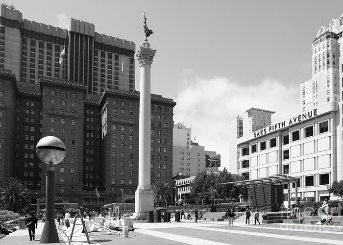 Black And White Greeting Card featuring the photograph San Francisco - Union Square - 5d17933 - Black And White by Wingsdomain Art and Photography