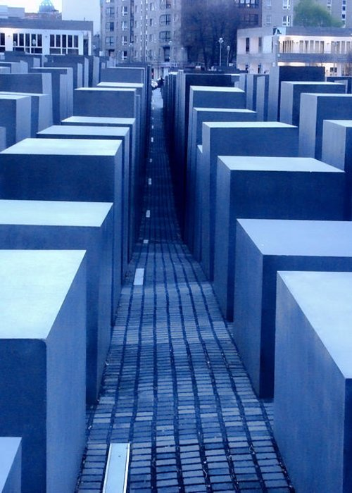 Berlin Greeting Card featuring the photograph Silence by Roberto Alamino