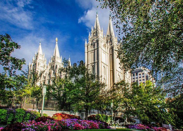 Mormon Temple Photography Greeting Card featuring the photograph Slc Nw View by La Rae Roberts