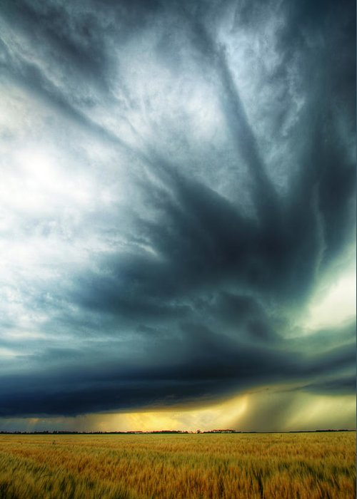 Thunderstorm Greeting Card featuring the photograph Striations Overhead by Evan Ludes
