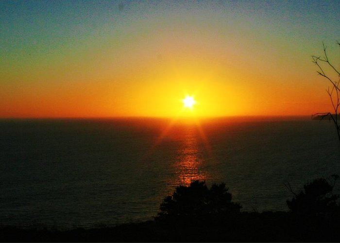 Sunset Greeting Card featuring the photograph Sunset View by Alma Yamazaki