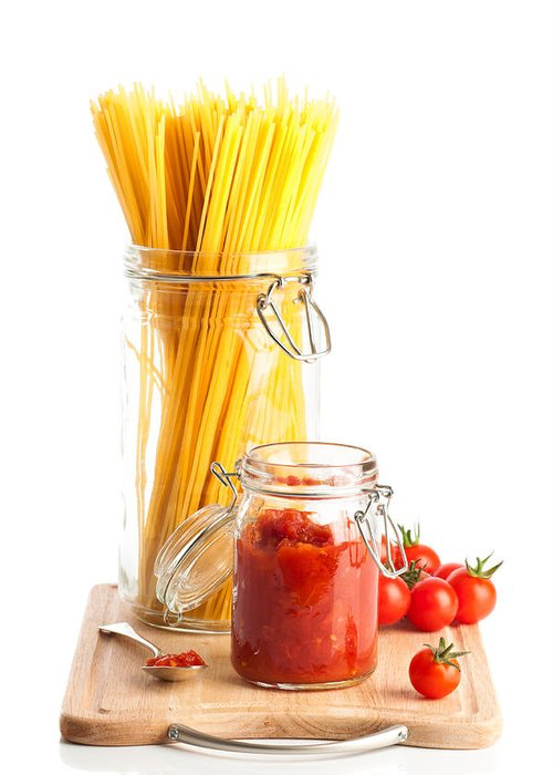 Spaghetti Greeting Card featuring the photograph Tomatoes Sauce And Spaghetti Pasta by Amanda Elwell