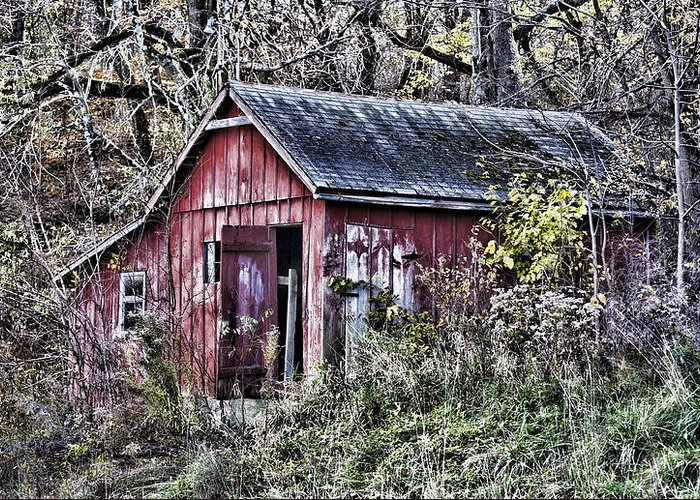 Barn Greeting Card featuring the photograph Us61 Barn by Georgeann Chambers