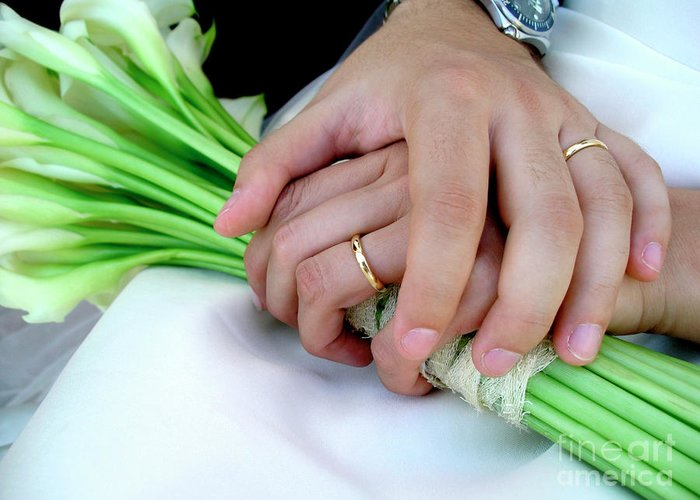 Background Greeting Card featuring the photograph Wedding Rings by Carlos Caetano