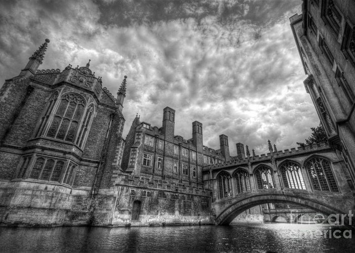 Art Greeting Card featuring the photograph Bridge Of Sighs - Cambridge by Yhun Suarez