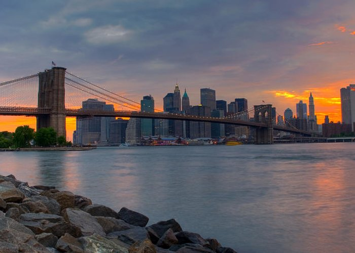 Brooklyn Greeting Card featuring the photograph Brooklyn Sunset by David Hahn