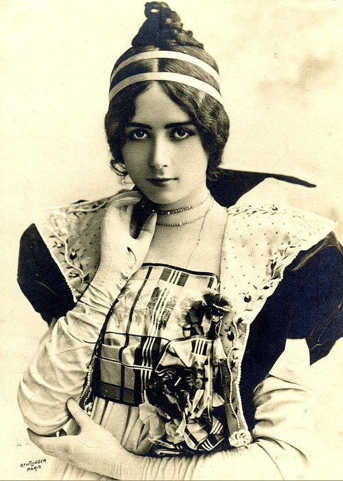 Cleo De Merode Greeting Card featuring the photograph Cleo De Merode by Not known