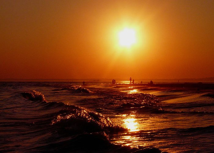Sunset Greeting Card featuring the photograph Extreme Blazing Sun by Kendall Eutemey