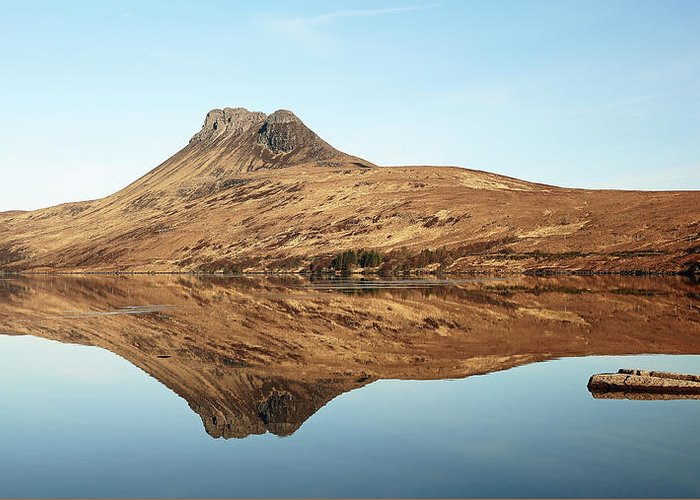 Stac Pollaidh Greeting Card featuring the photograph Stac Pollaidh by Grant Glendinning