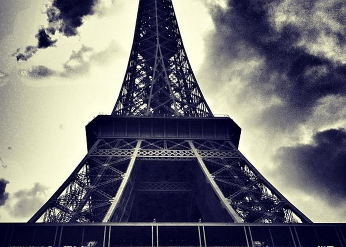 Instaaddict Greeting Card featuring the photograph #paris by Ritchie Garrod