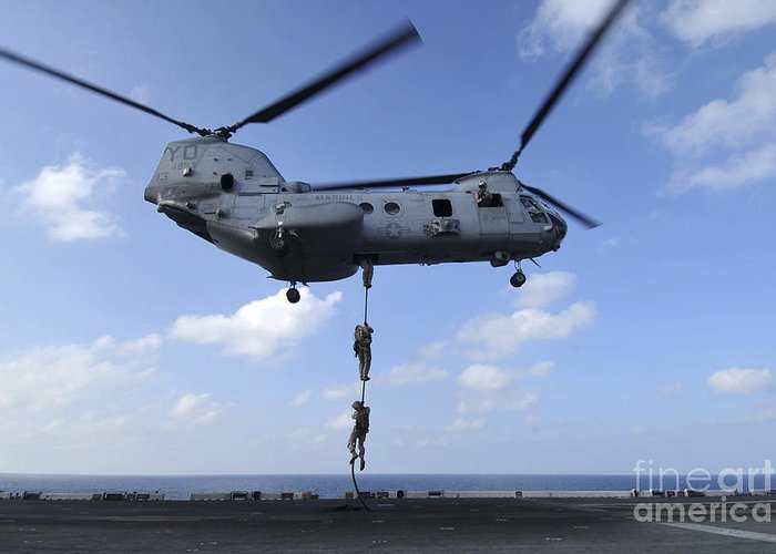 Ch-46 Sea Knight Greeting Cards