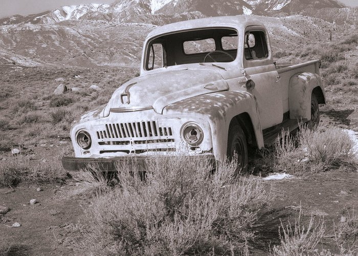 Abandoned Greeting Card featuring the photograph Abandoned Truck by Janeen Wassink Searles