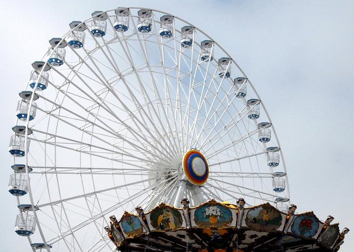 Larger Ferris Wheels Greeting Card featuring the photograph Amusement 17 by Joyce StJames