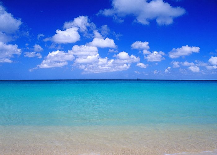 Aruba Greeting Card featuring the photograph Aruba Sky And Sea by Robert Ponzoni