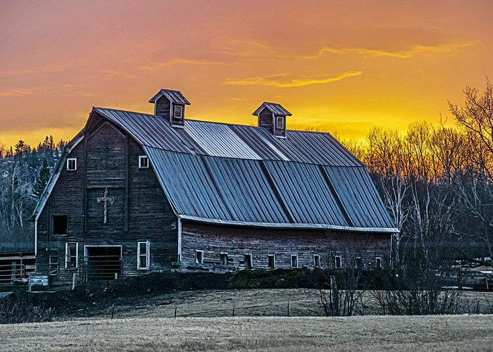 Grand Greeting Card featuring the photograph Barn Sunset by Doug Wallick