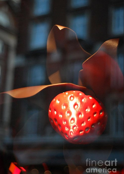 Berry Greeting Card featuring the photograph Berry Reflected by Terri Creasy