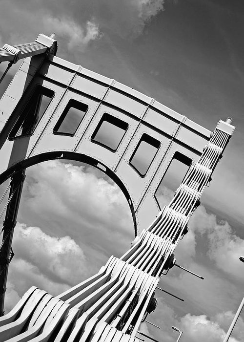 Pittsburgh Greeting Card featuring the photograph Bridge Top Pittsburgh Pa by Kristen Vota