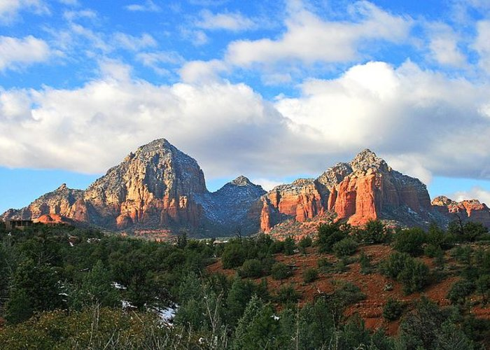Sedona Greeting Card featuring the photograph Capitol Winter by Gary Kaylor