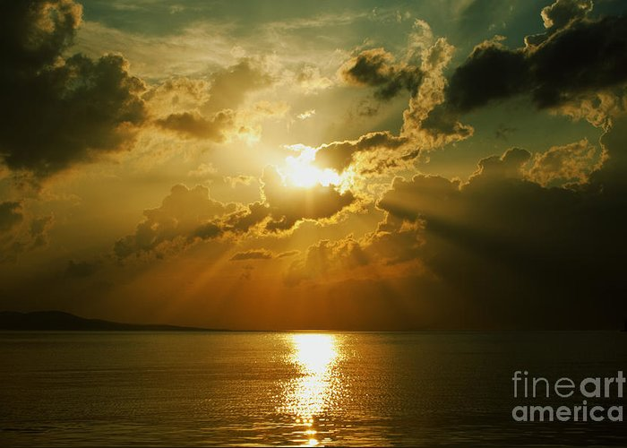 Sunset Greeting Card featuring the photograph Carpe Diem by Andrew Paranavitana