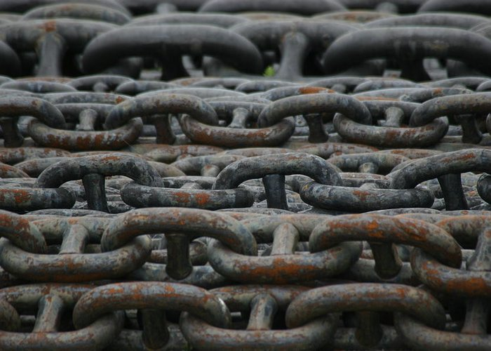 Chains Greeting Card featuring the photograph Chains by Hans Jankowski