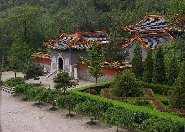 China Greeting Card featuring the photograph Chinese Palace by Tom Reynen
