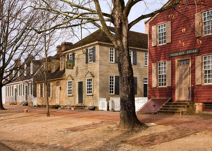 Duke Of Gloucester Street Greeting Card featuring the photograph Colonial Street Scene by Sally Weigand
