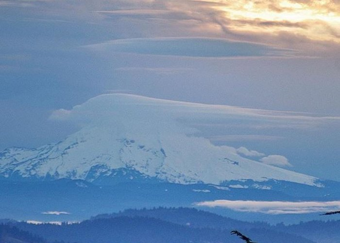 Greeting Card featuring the photograph Cool Lenticular Clouds Over Mt. Hood by Mike Warner
