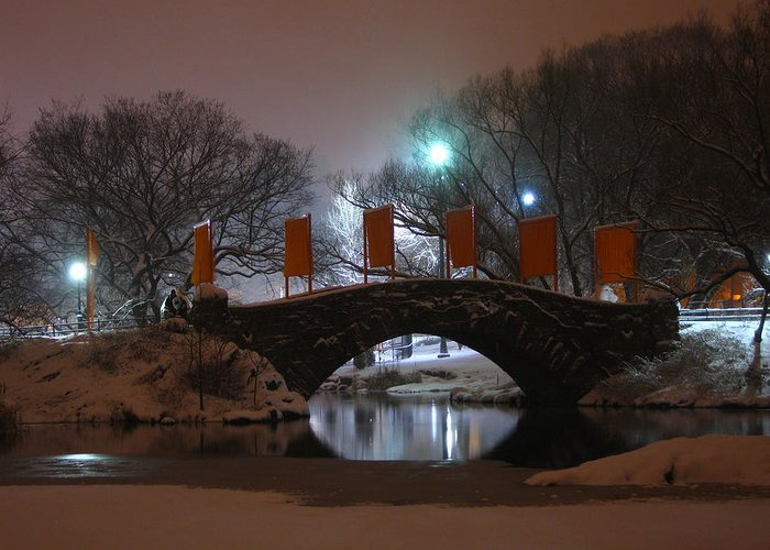 Bridge Greeting Card featuring the photograph Crossing Gapstow Bridge by Sam Oppenheim