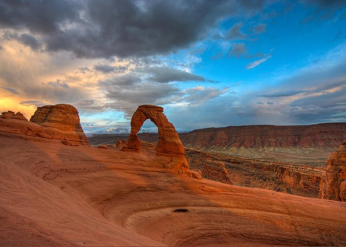 Arches Greeting Card featuring the photograph Delicate Arch Sunset by Jeff Clay