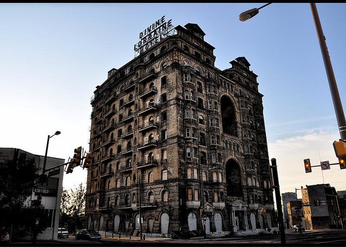 Ruins Greeting Card featuring the photograph Divine Lorraine Hotel by Bill Cannon