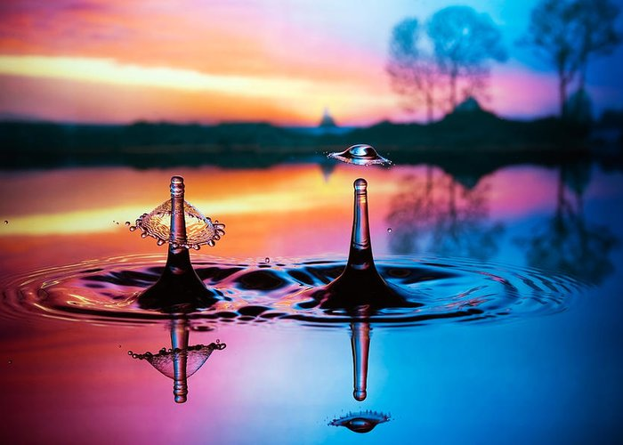 Water Greeting Card featuring the photograph Double Liquid Art by William Lee